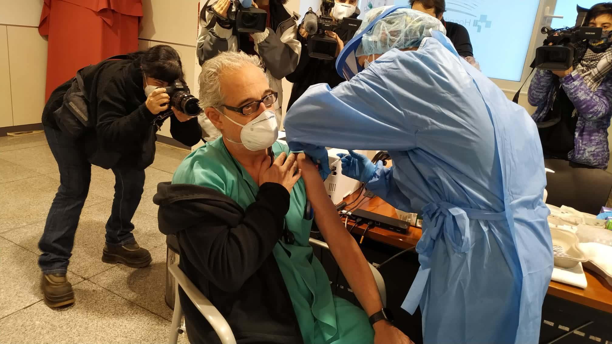 La Rioja comienza la vacunación frente a la COVID de los profesionales sanitarios de primera línea 3