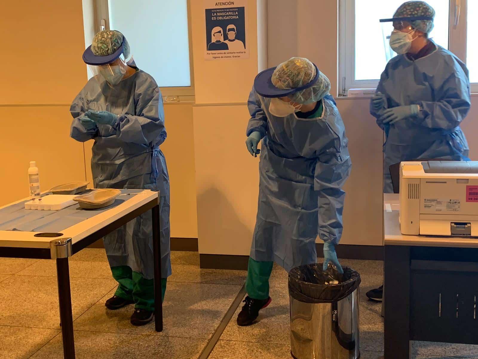 La Rioja comienza la vacunación frente a la COVID de los profesionales sanitarios de primera línea 6