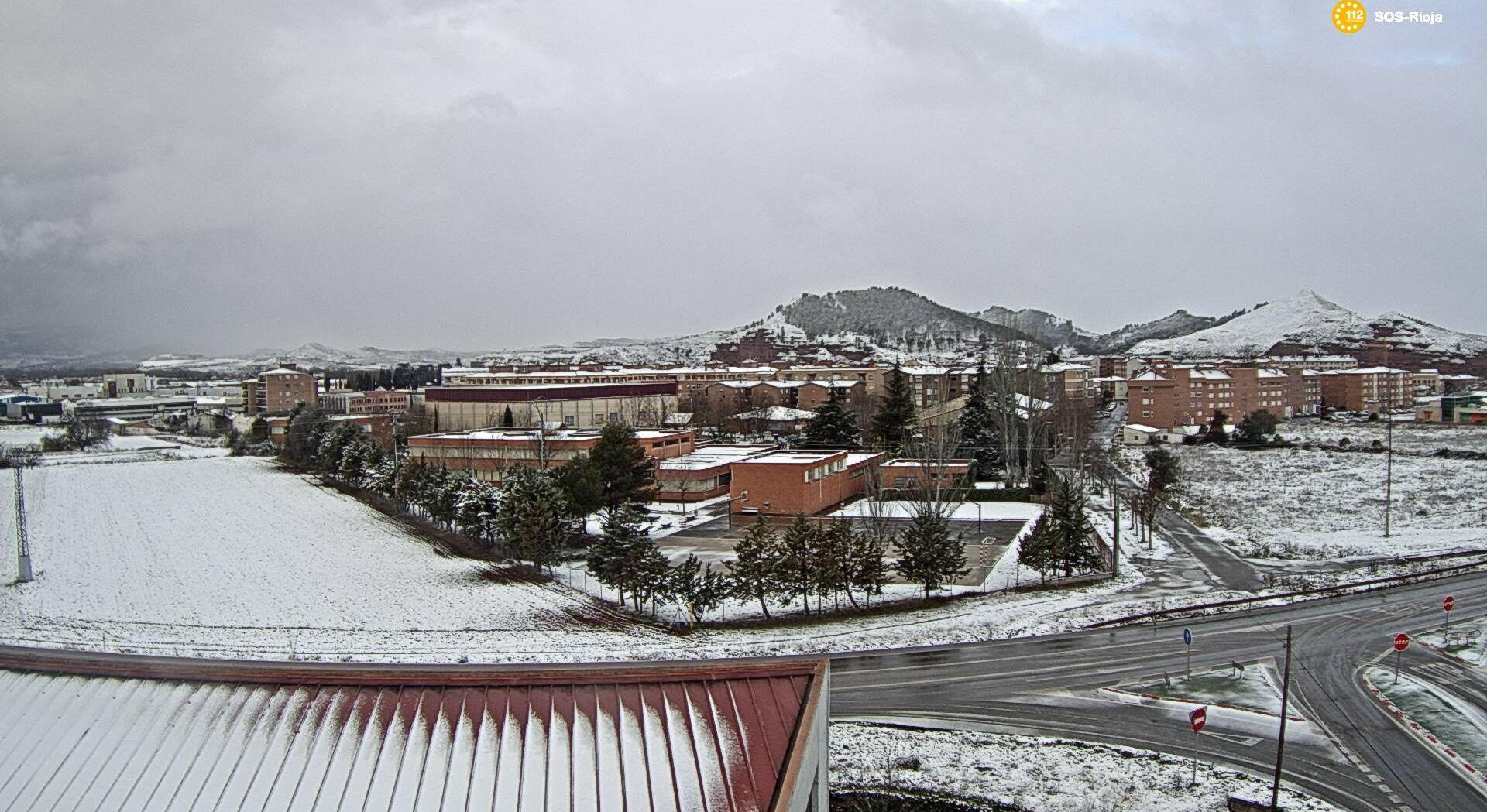Primera nevada del año en La Rioja: cadenas en la AP-68 y seis puertos cerrados 4
