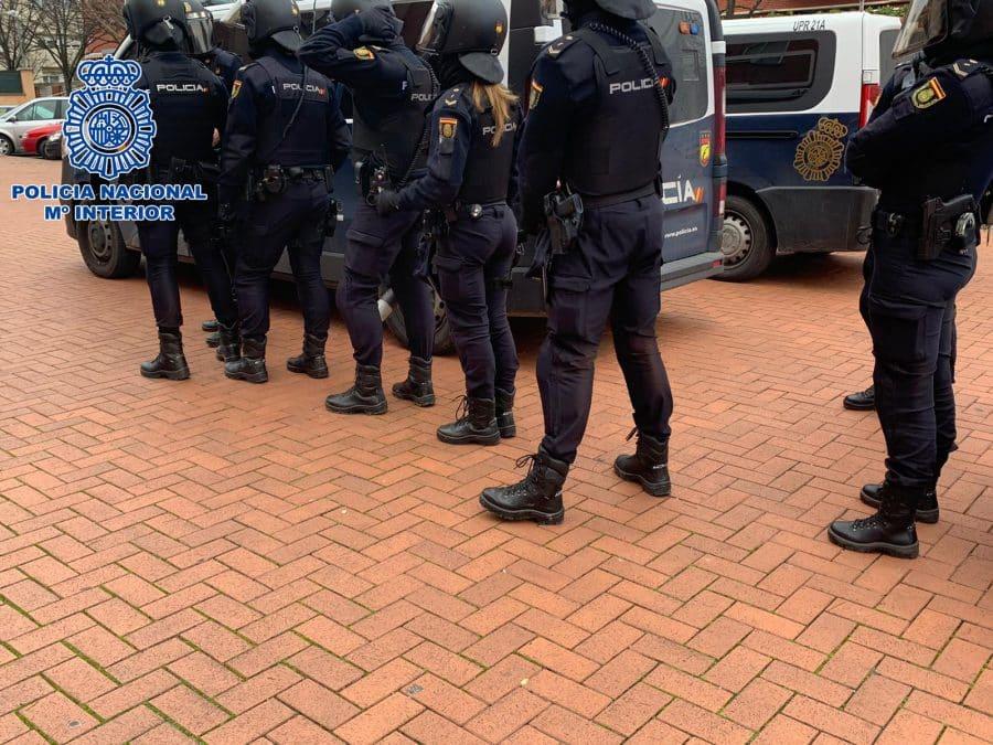 La Policía detiene a la autora de siete robos a punta de navaja en establecimientos de Logroño 4