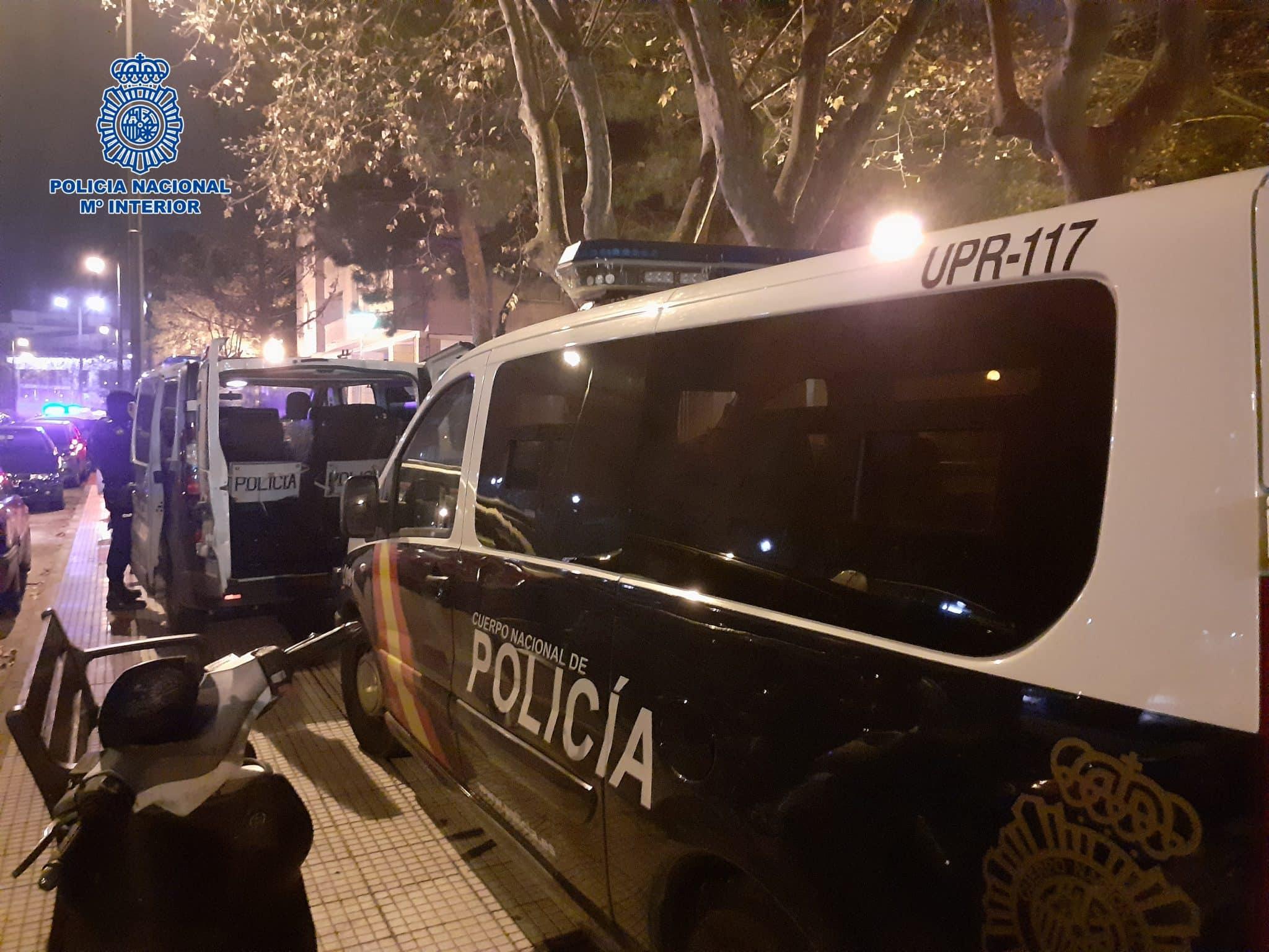 La Policía detiene a seis personas y desarticula dos puntos activos de venta de droga a menores en Logroño 8