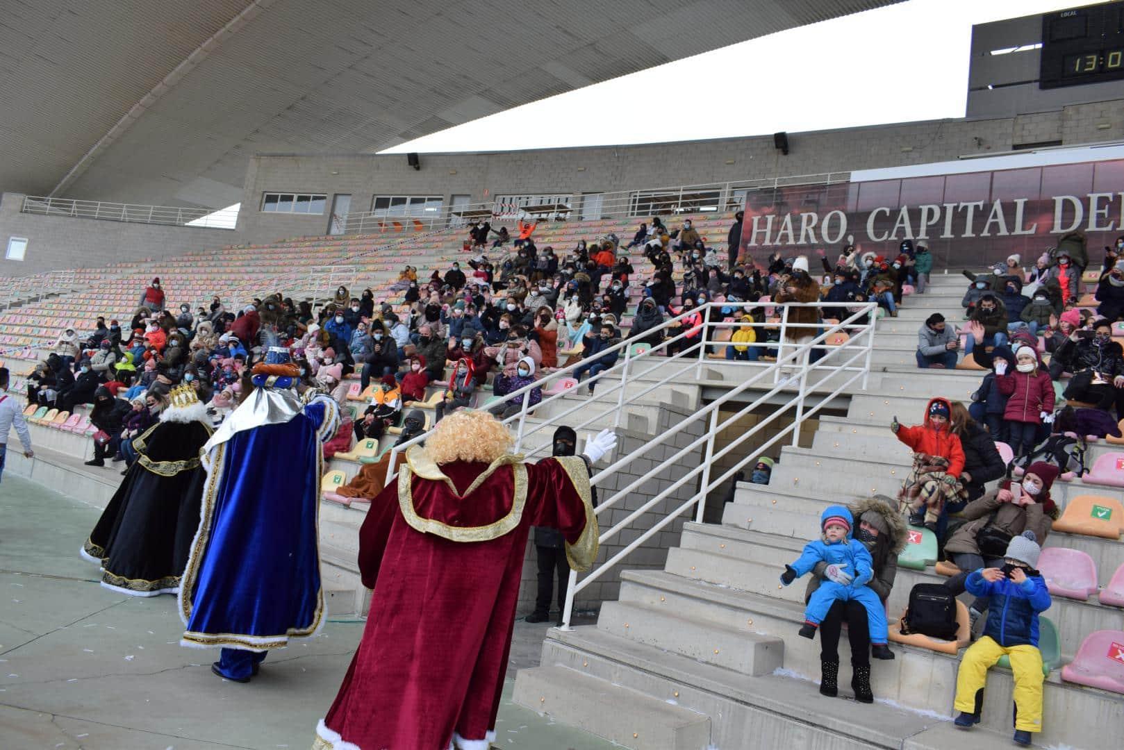 FOTOS: La magia de los Reyes Magos llega a Haro 9