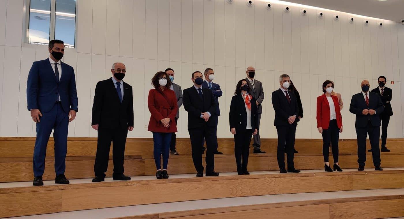 VÍDEO: Ábalos inaugura de manera oficial el edificio María Díaz de Haro 5