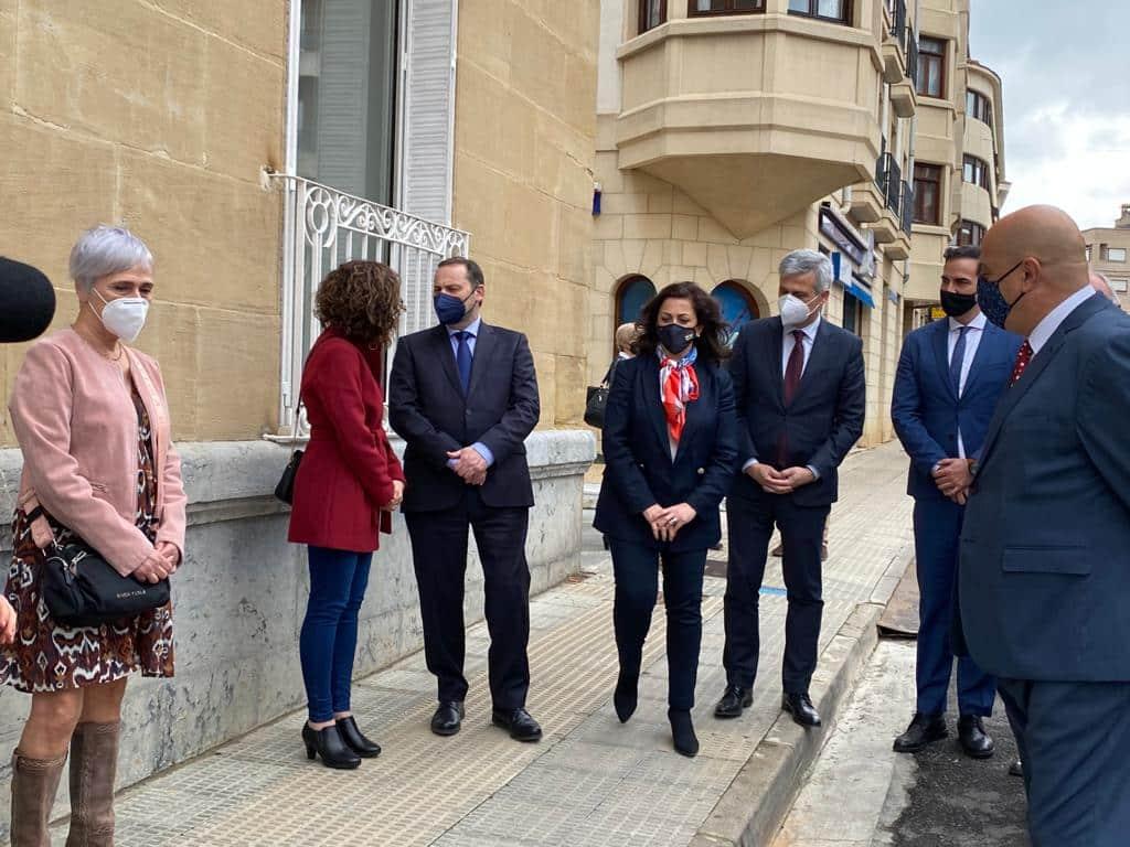 VÍDEO: Ábalos inaugura de manera oficial el edificio María Díaz de Haro 8