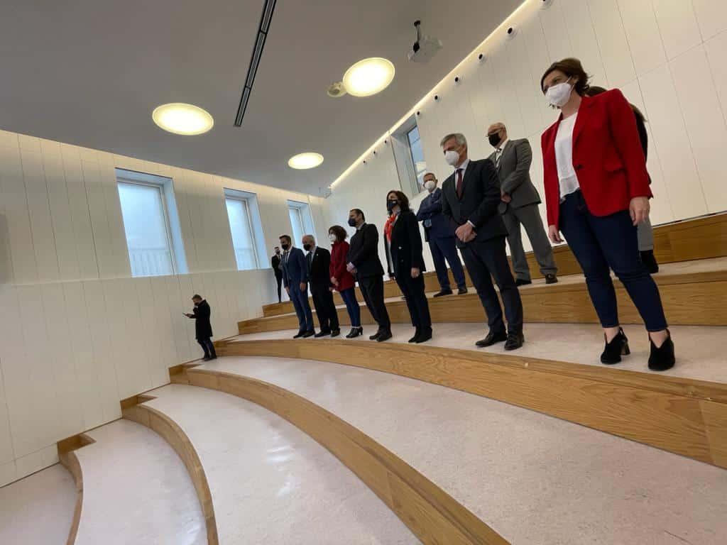 VÍDEO: Ábalos inaugura de manera oficial el edificio María Díaz de Haro 11