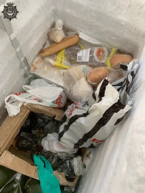 La Policía Local de Logroño descubre una vivienda que repartía sushi a domicilio sin licencia ni registro sanitario 2