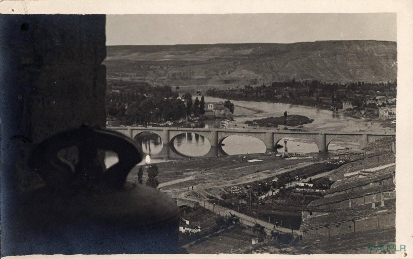 Publicado el fondo fotográfico del doctor Julián Loyola, testigo del Logroño de los años 30 y 40 3