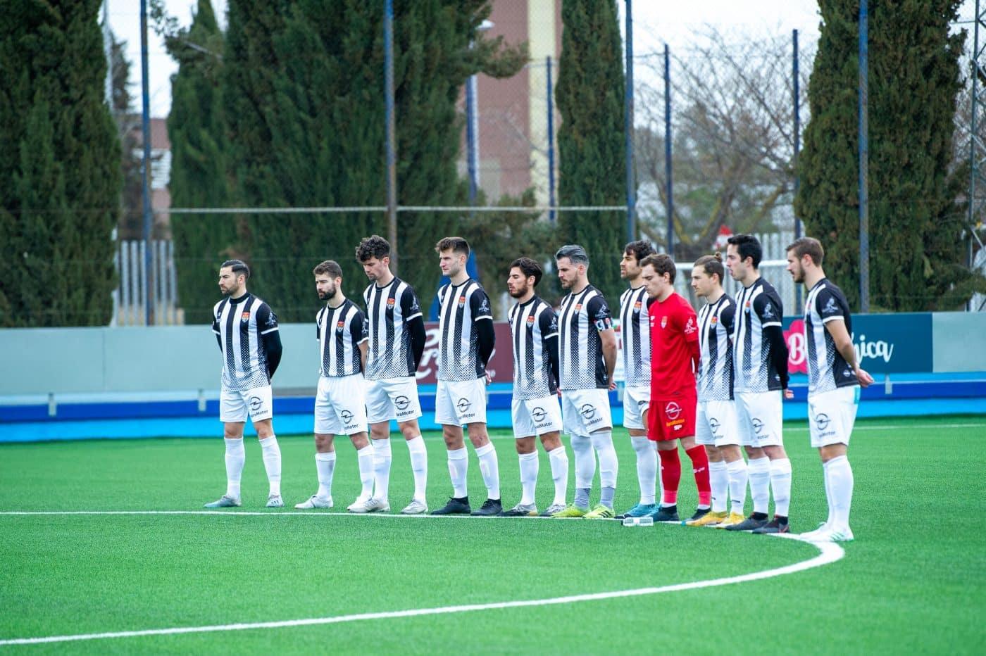 El Haro saca un punto del campo del CD Ebro 5