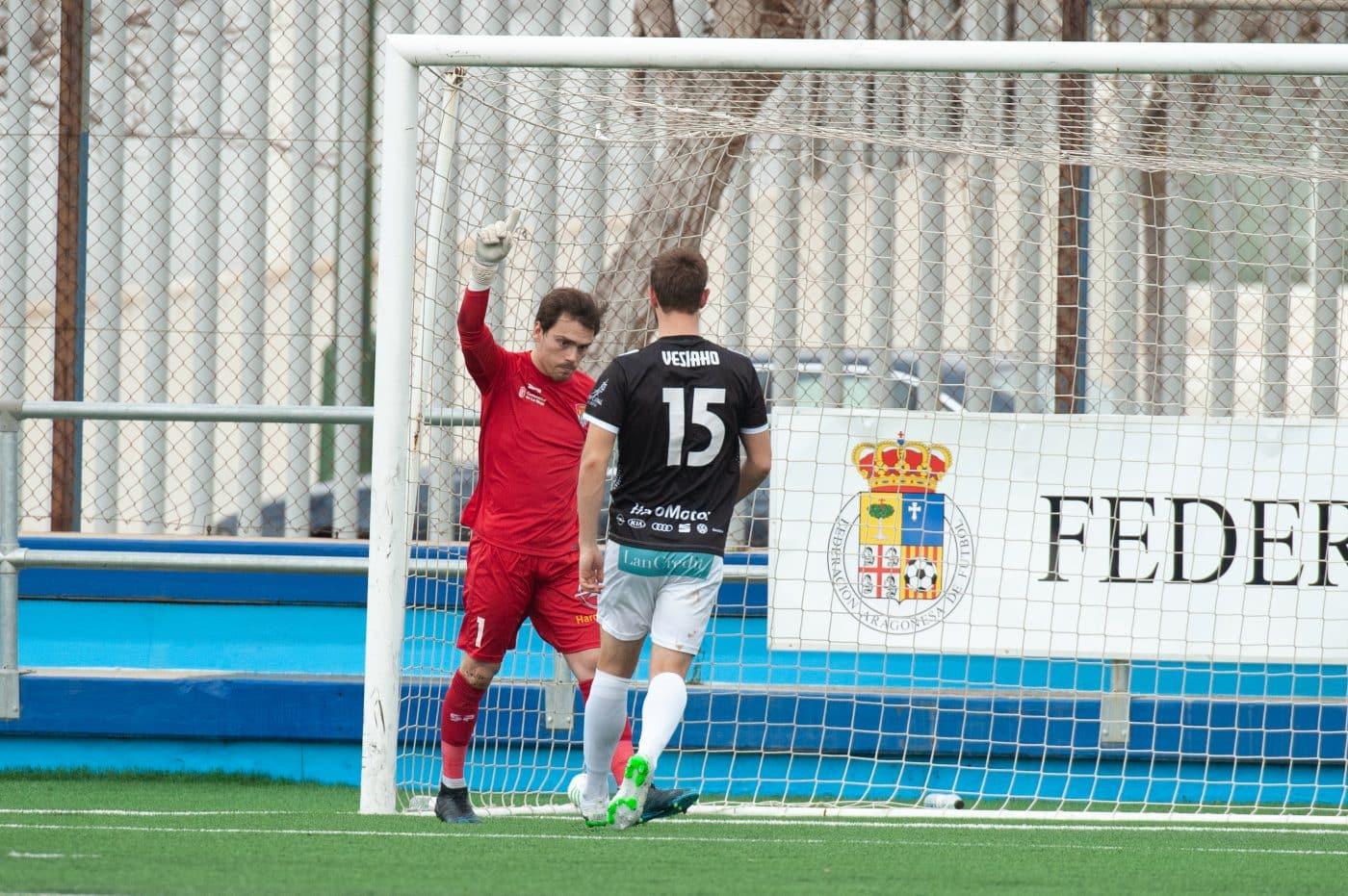 El Haro saca un punto del campo del CD Ebro 3