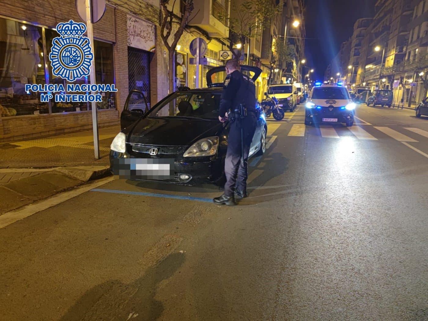 La Policía Nacional detiene a tres personas en una fiesta ilegal en Logroño 2