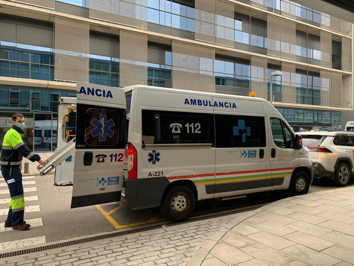 Ambulancia en el Hospital San Pedro