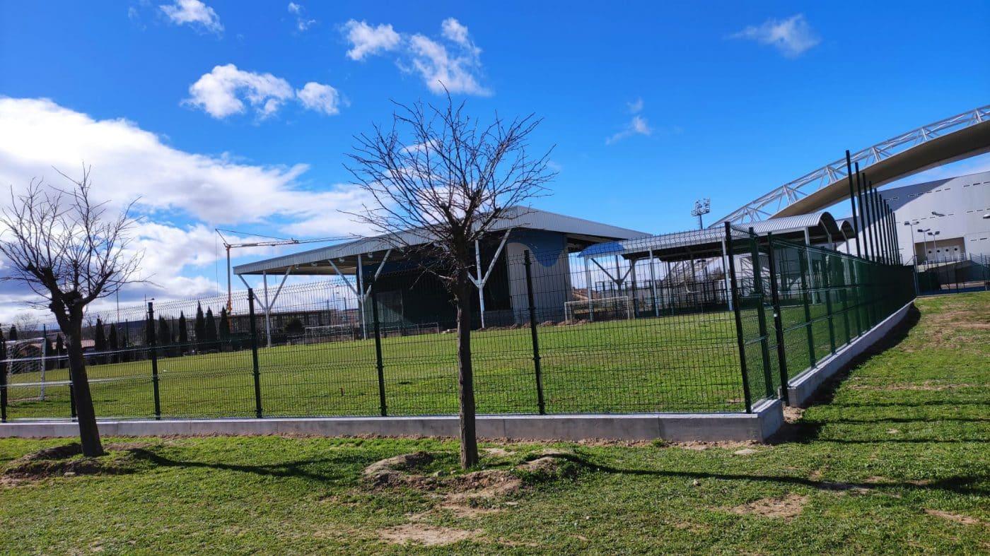 Campo de fútbol El Mazo