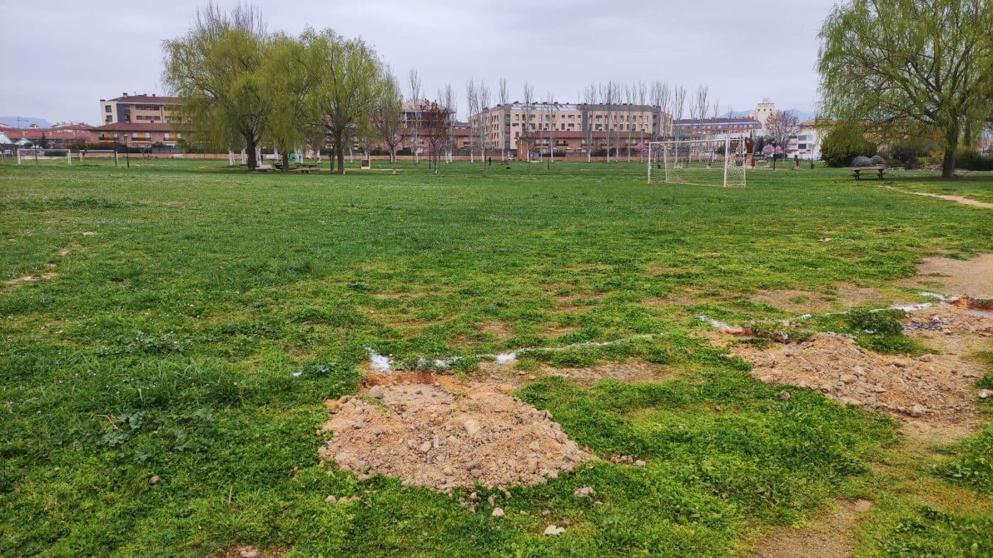 Los campos de fútbol abiertos de El Mazo cogen forma 1