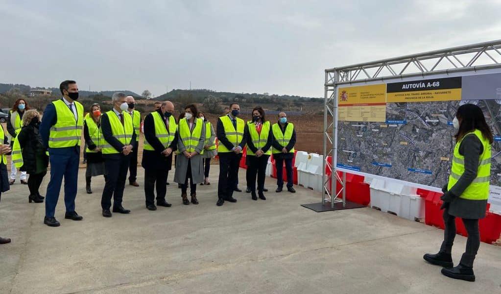 Ábalos inaugura la restauración del Puente de Piedra de Logroño sobre el río Ebro 5