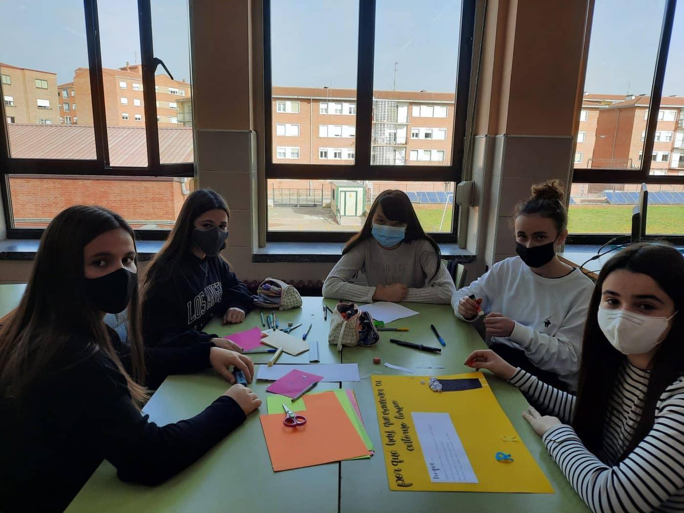 Alumnos del IES Rey Don García impulsan un proyecto educativo para mantener el entorno de Nájera más limpio 4