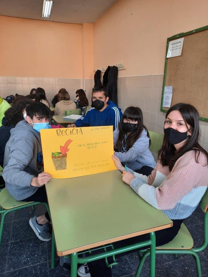 Alumnos del IES Rey Don García impulsan un proyecto educativo para mantener el entorno de Nájera más limpio 2