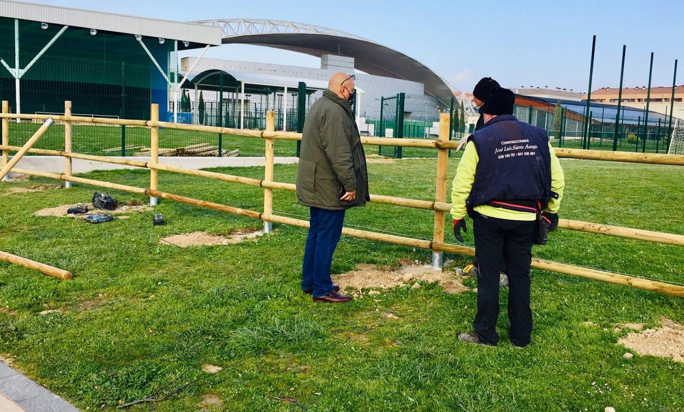 Haro finaliza el acondicionamiento de los campos de fútbol abiertos de El Mazo 2