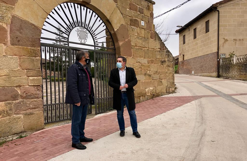 Velasco visita Alesanco, Torrecilla sobre Alesanco, Cañas y Canillas de Río Tuerto donde se han acometido diversas obras 3