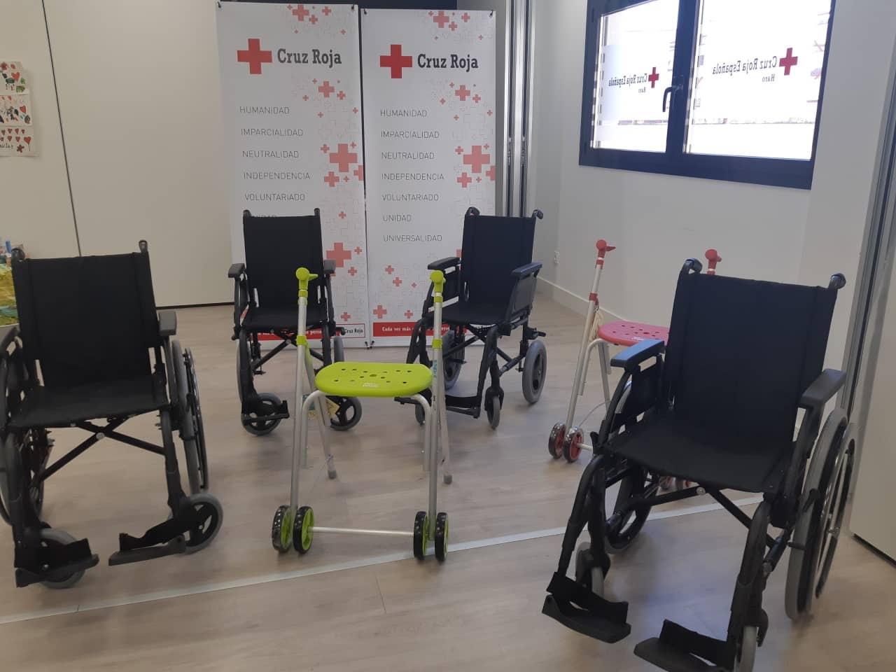 Obra Social 'la Caixa' dona 1.200 euros a Cruz Roja Haro 1