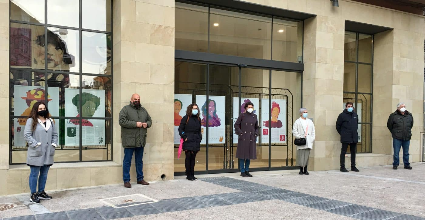 La exposición 'Mujeres en la Música en La Rioja' se exhibe en el Centro Multiusos de Haro 1