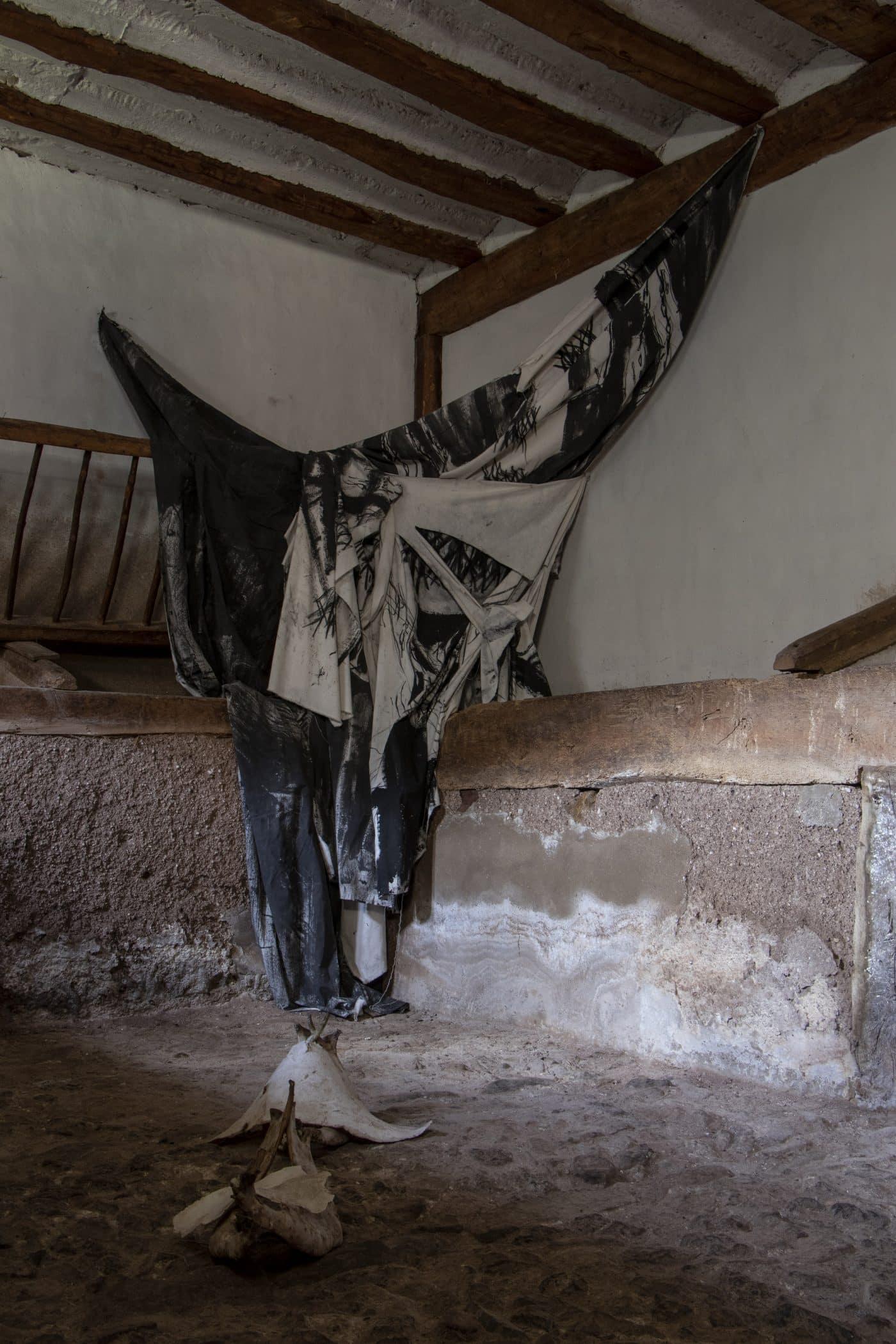 Zorromono desembarca en EspacioArteVACA en Viniegra de Abajo con 'Fragmentos rituales' 2
