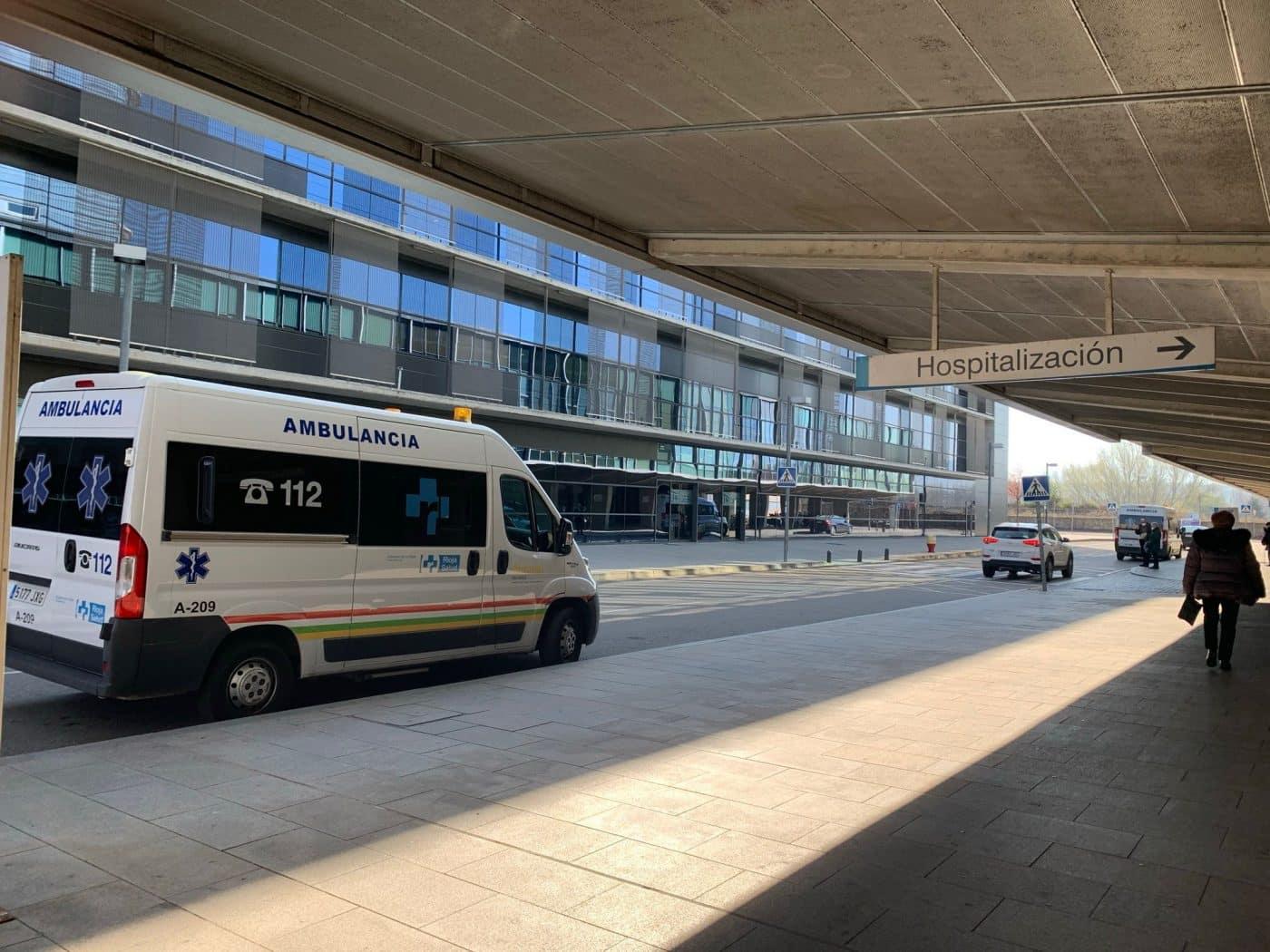 Ambulancia en el Hospital San Pedro