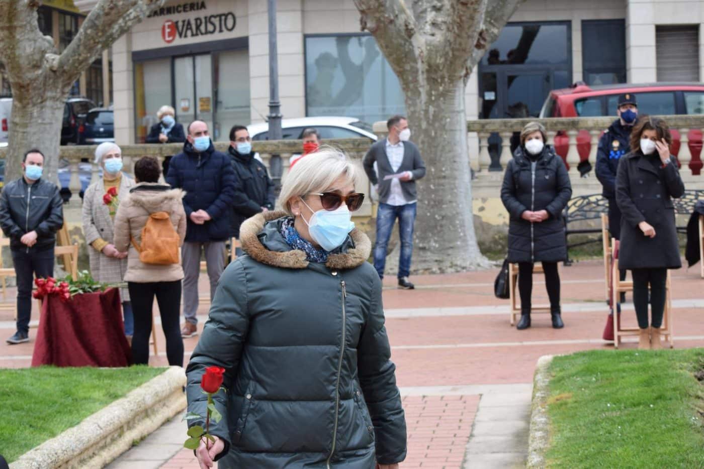 Haro vuelve a recordar a las víctimas y héroes de la pandemia un año después 2
