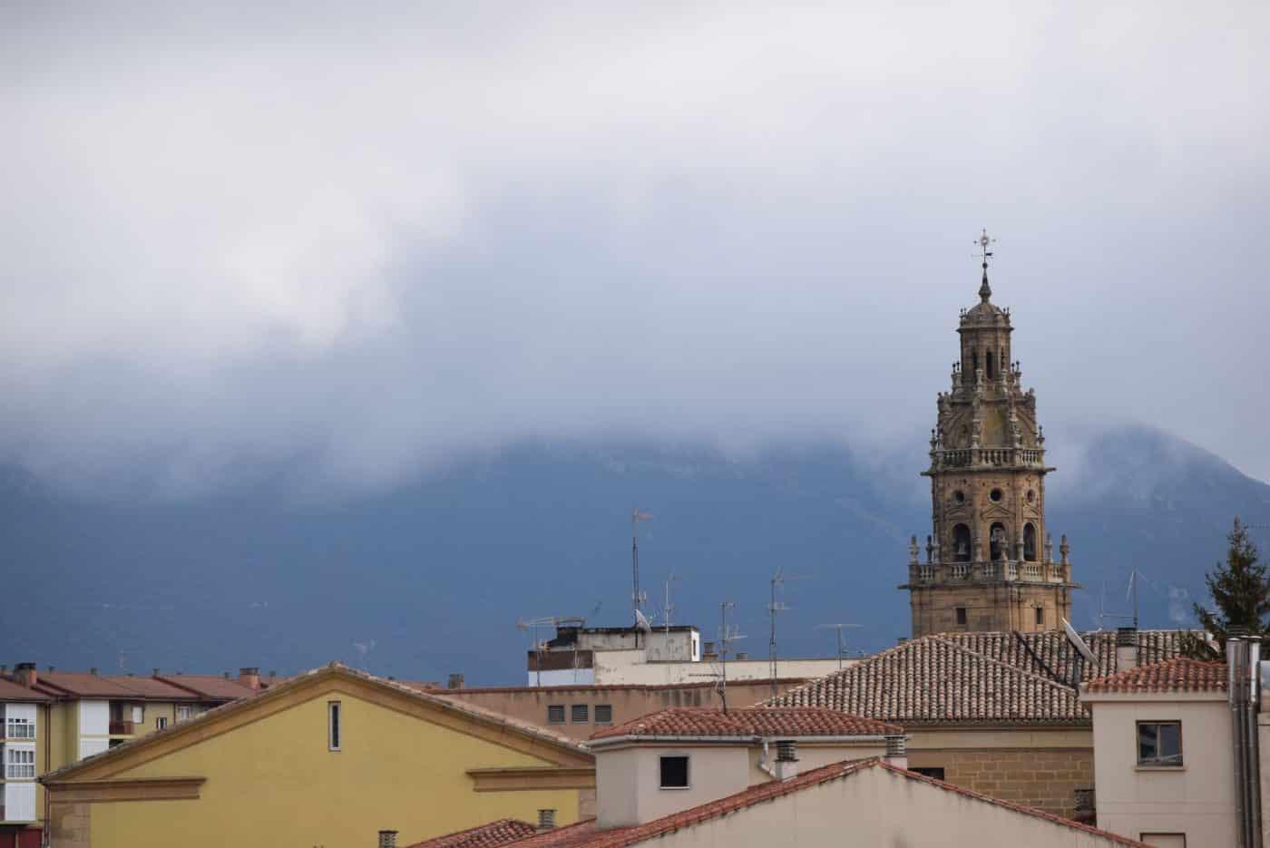 Vista de la parroquia de Santo Tomás