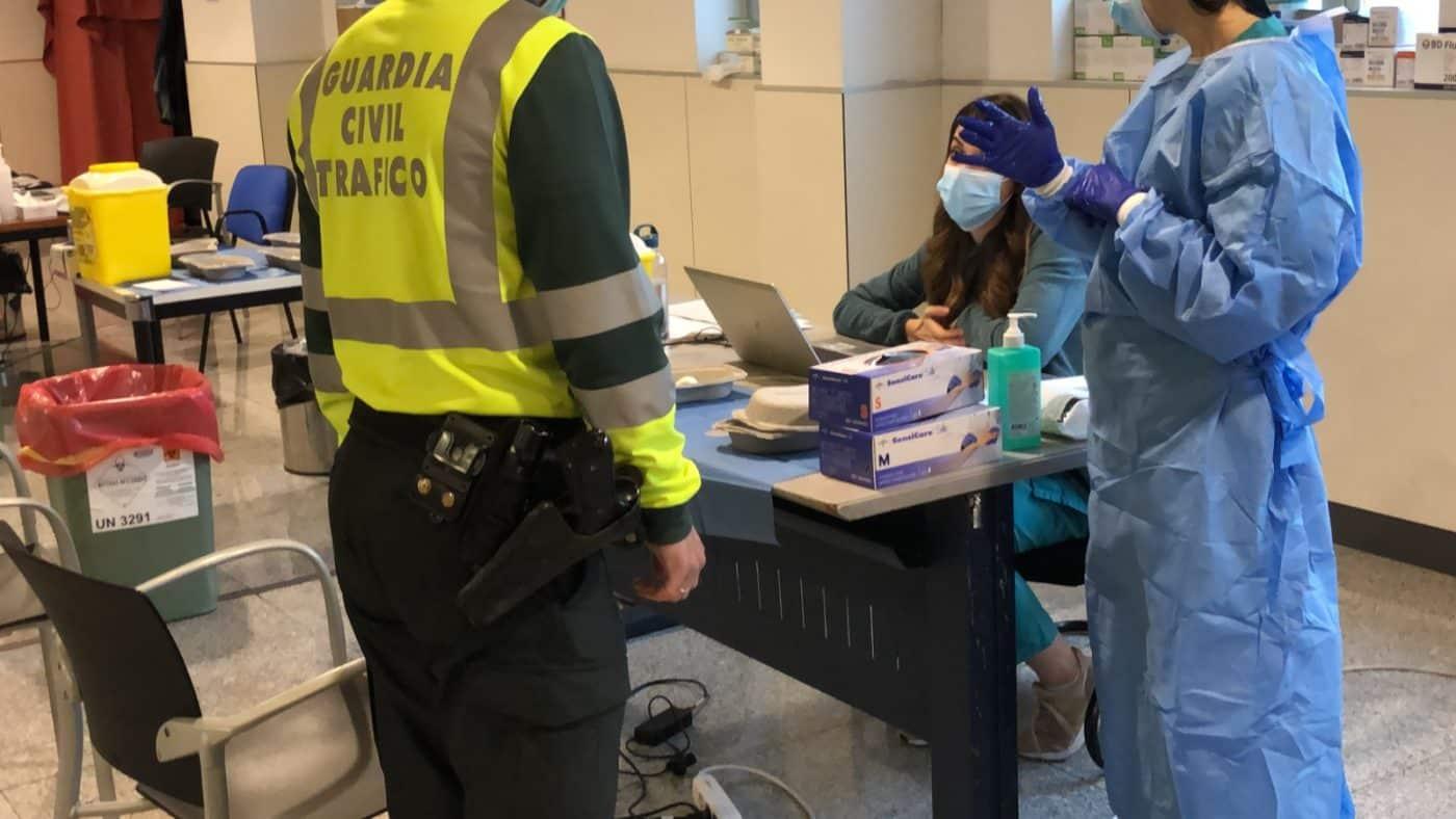 Comienza la vacunación de los agentes de la Guardia Civil en La Rioja 1