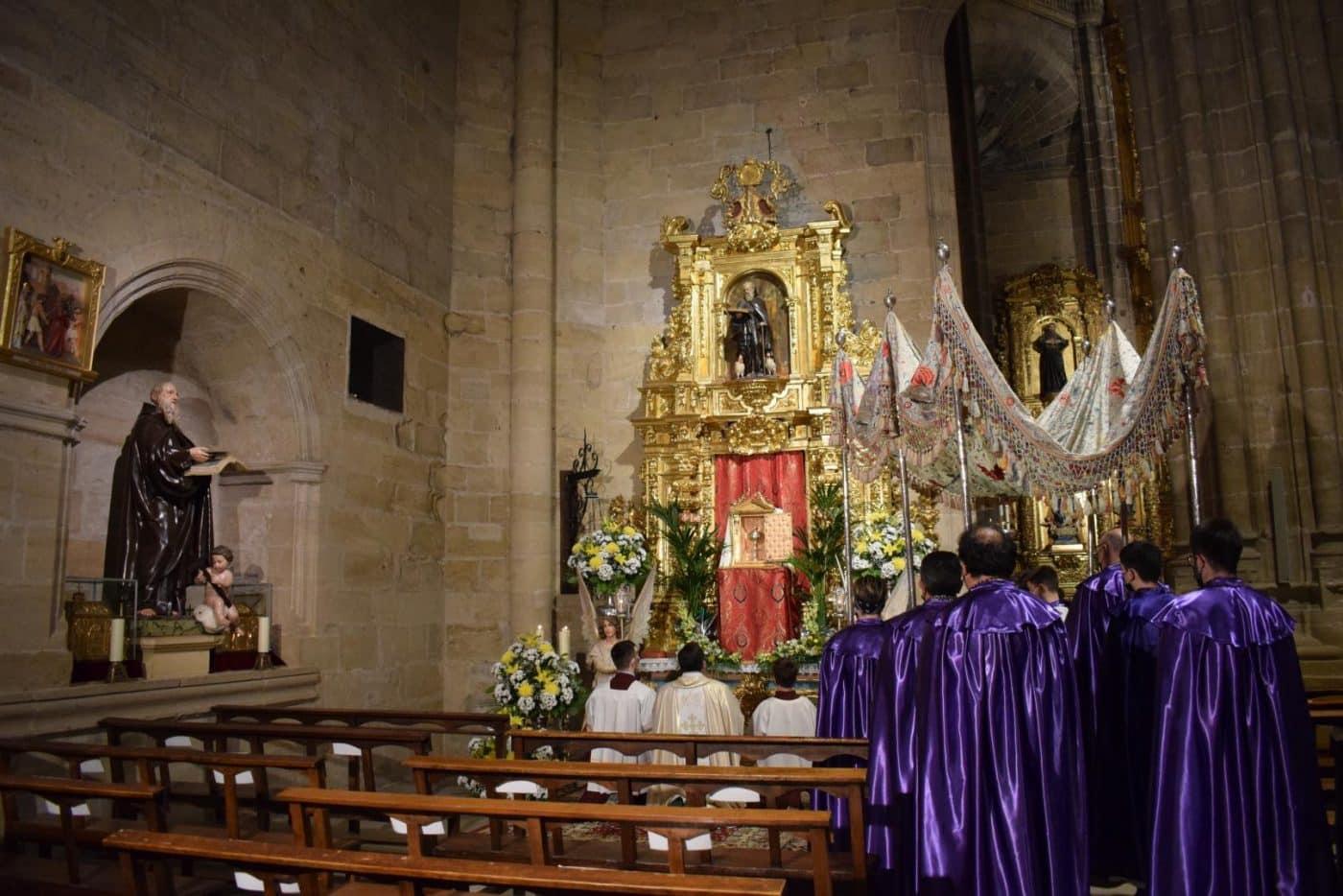 FOTOS: Continúan en Haro los actos de la Semana Santa 28