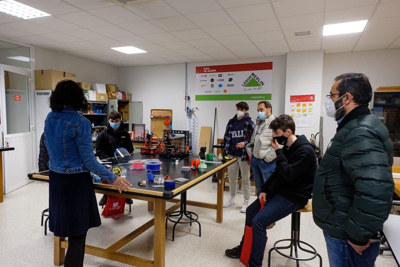 370 alumnos y sus familas visitan la UR en la jornada de puertas abiertas 1
