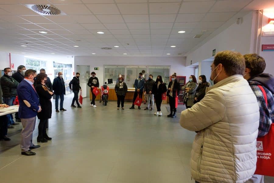 370 alumnos y sus familas visitan la UR en la jornada de puertas abiertas 3