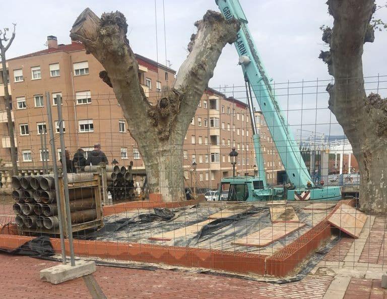 Aparatoso accidente en las obras del nuevo Mercadona en Haro 1