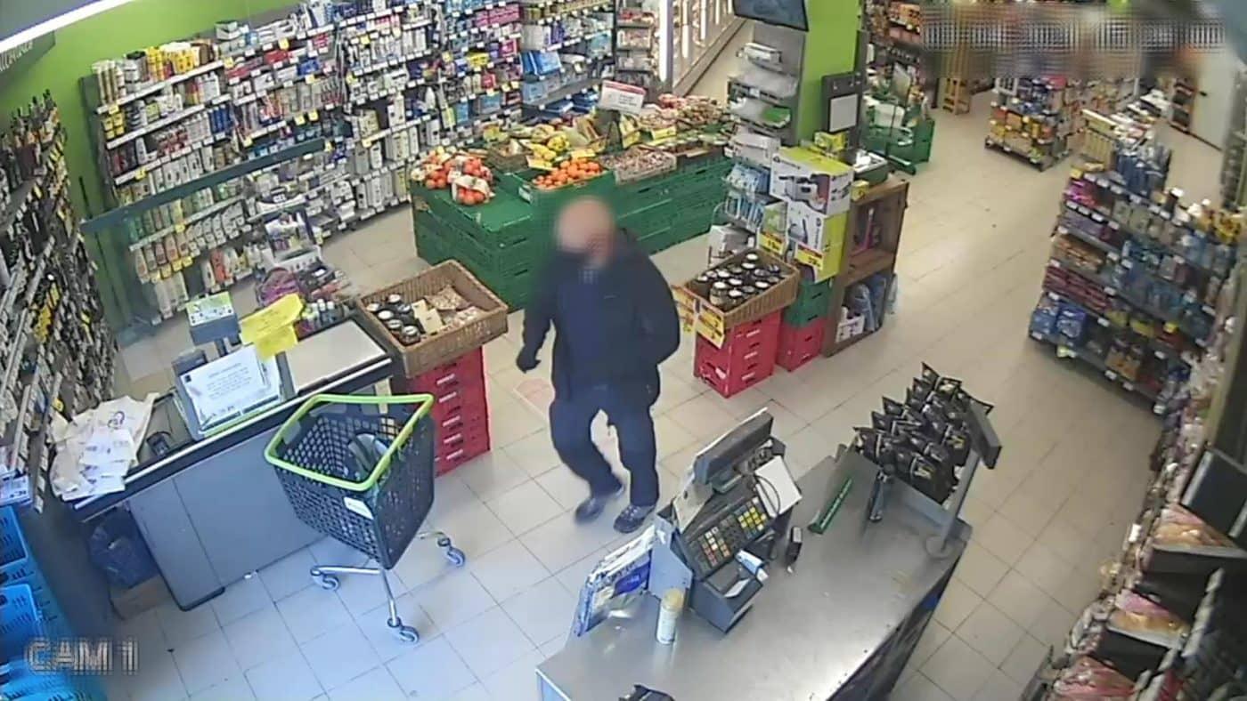 Atrapan en Llanes al atracador de un supermercado de Navarrete 2