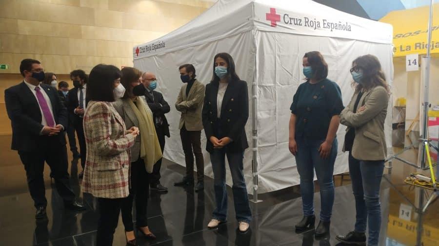 Darias anuncia en La Rioja la llegada de 1,7 millones de vacunas de Pfizer cada semana 8
