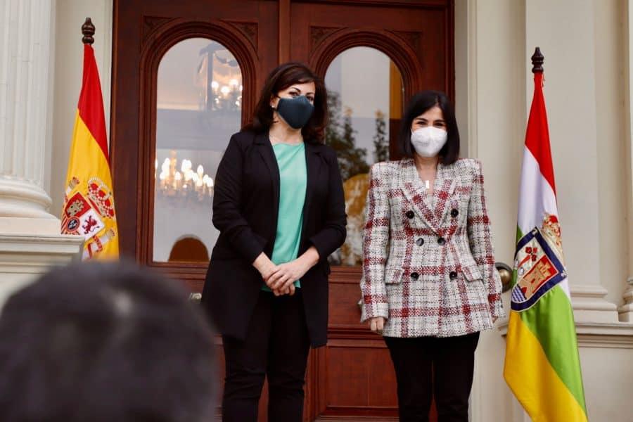 Darias anuncia en La Rioja la llegada de 1,7 millones de vacunas de Pfizer cada semana 3