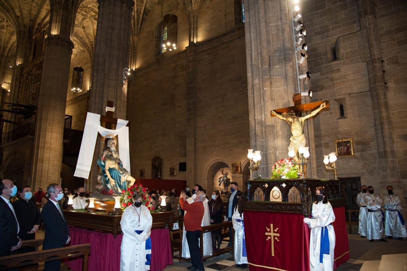 FOTOS: La solemnidad del Santo Entierro cierra las procesiones de Haro 3