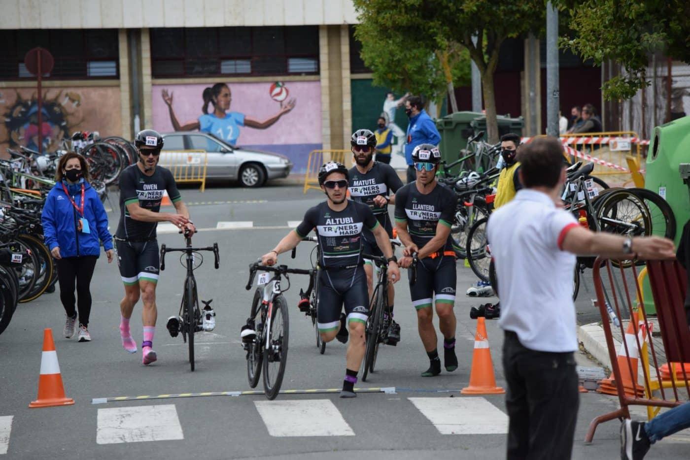 FOTOS: Tritones y Cafés Foronda se imponen en el I Duatlón de Haro 35