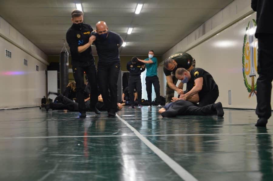 32 policías locales de La Rioja se adiestran con la Guardia Civil 4