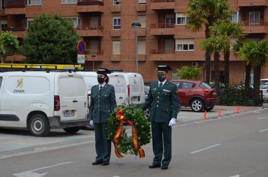 Acto simbólico en La Rioja para celebrar el 177 aniversario de la Guardia Civil 4