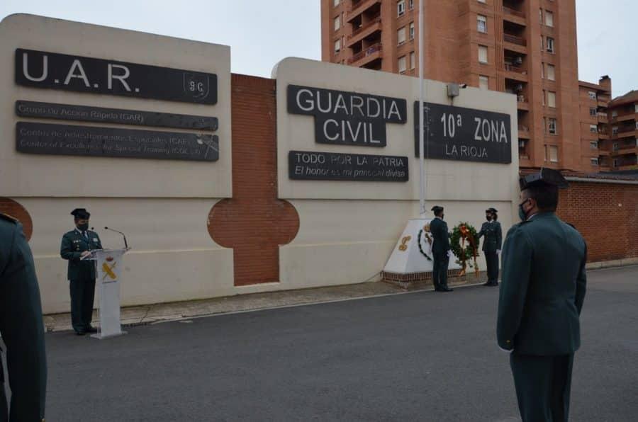 Acto simbólico en La Rioja para celebrar el 177 aniversario de la Guardia Civil 2