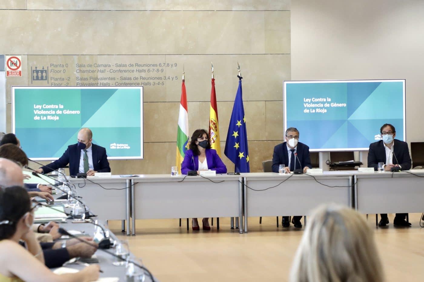 """Andreu quiere que La Rioja pase a ser """"un referente nacional en la erradicación de la violencia machista"""" 1"""