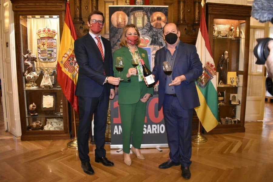 Carlos Serres, elegido Vino Institucional por el 120 Aniversario del Centro Riojano de Madrid 1
