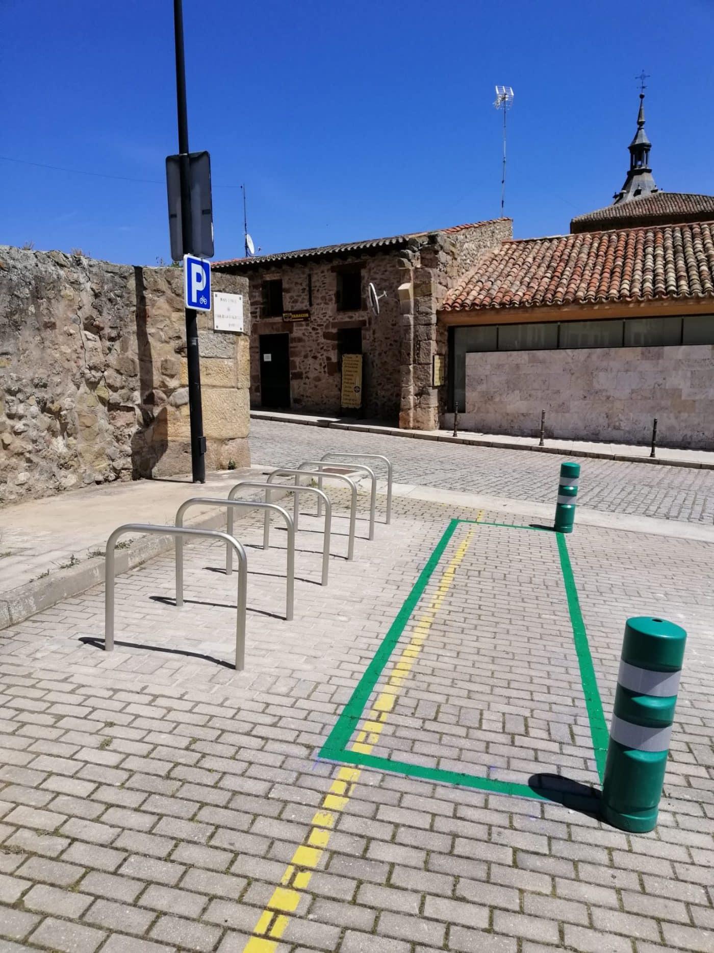 El Monasterio de Yuso estrena aparcamiento para bicicletas 1