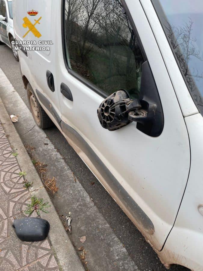 Investigados tres jóvenes por actos vandálicos en Albelda de Iregua 2