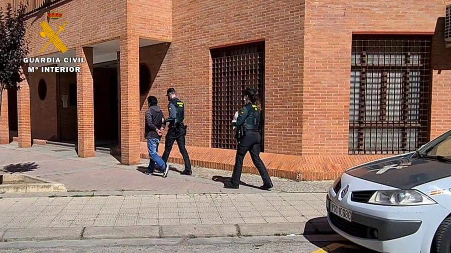 La Guardia Civil resuelve el hurto de casi 60.000 palés en una empresa riojana 1