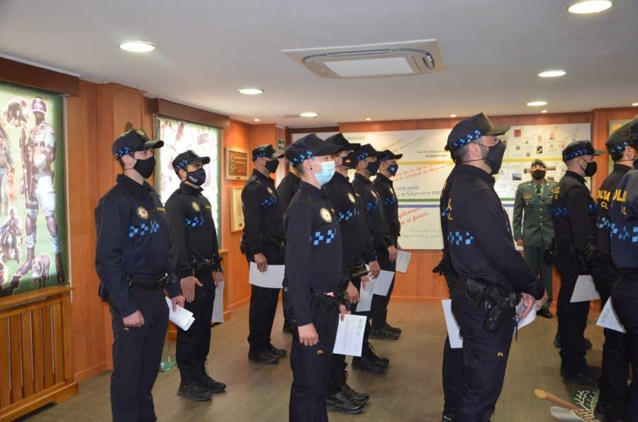 Policías locales de Haro reciben sus diplomas del Curso de Intervención Operativa de la Guardia Civil 1