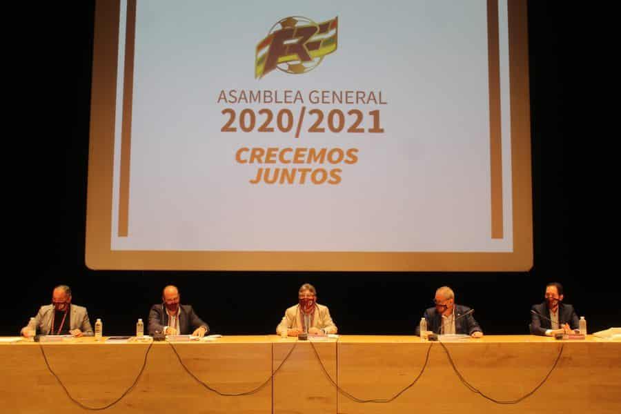 El fútbol riojano homenajea a Laura García, Antonio Hidalgo y Ángel Aguado 1