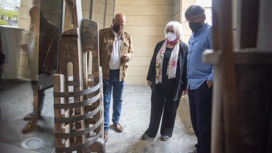 FOTOS: El Torreón de Haro inaugura 'De grana y roble', del artista riojano Óscar Cenzano 3