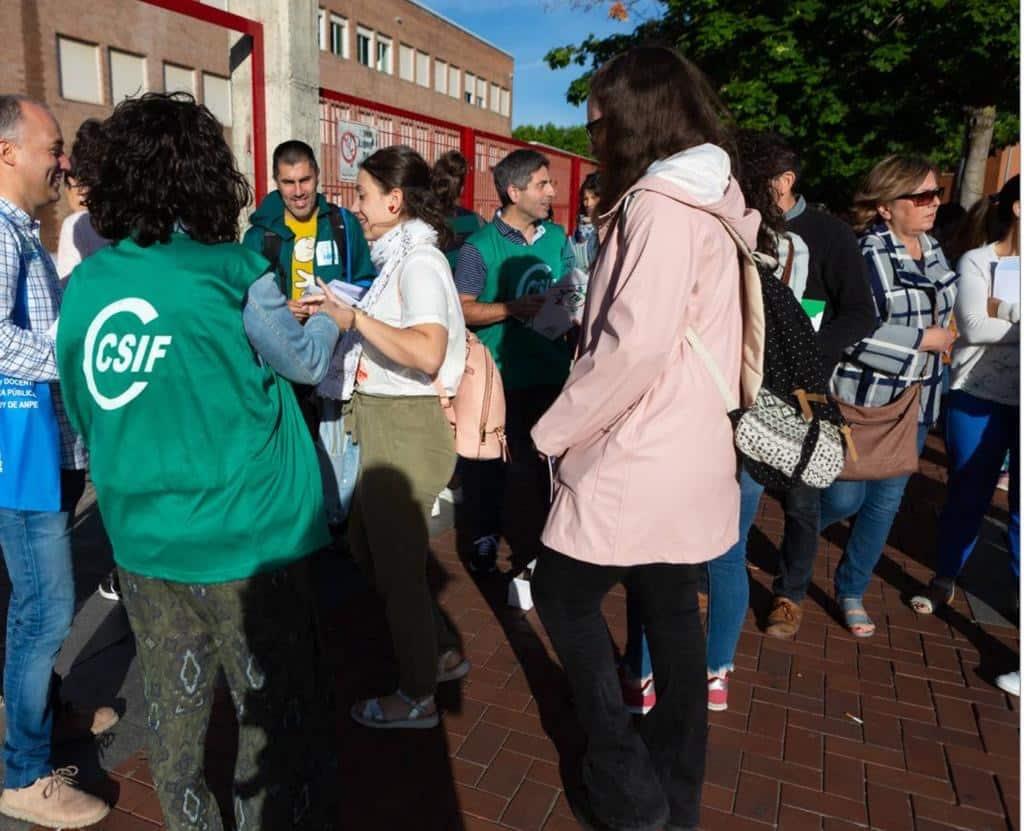 2.658 aspirantes buscan conseguir este sábado en La Rioja una de las 196 plazas de profesor 1